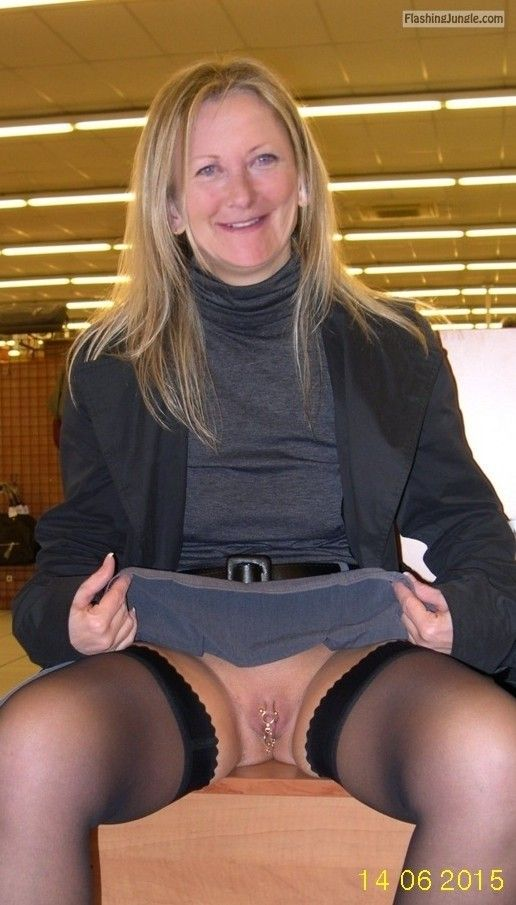 Stretch reccomend nude flashing jangle vagina
