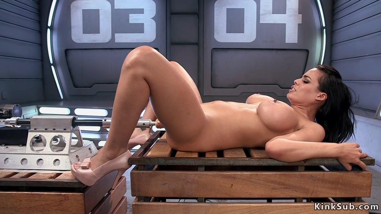 Huge tits and fucking machine