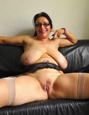 Junior recommendet dick handjob boobs big slowly shaved
