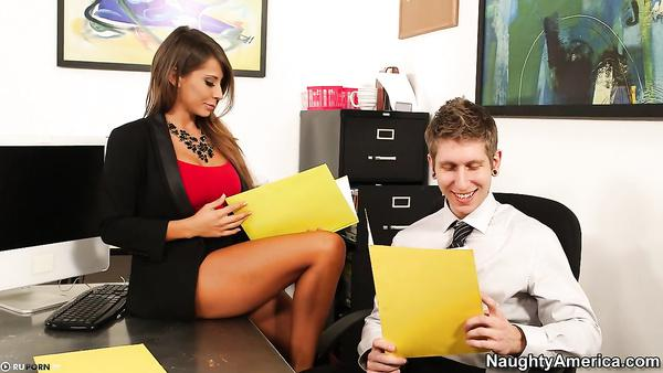 Ump reccomend Girl gets fucked by her boss