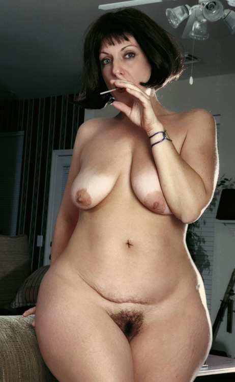 Milf with wide hips