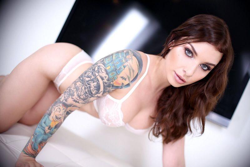 Tattooed asian lick cock on beach