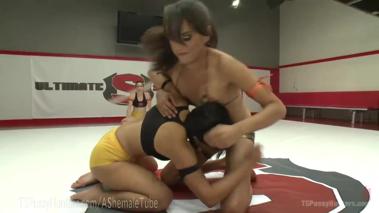 Dollface reccomend shemale wrestling