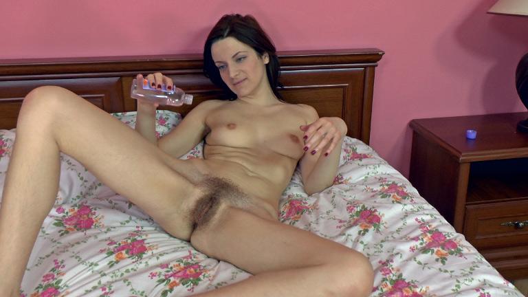 Wildberry reccomend masturbate hairy pussy