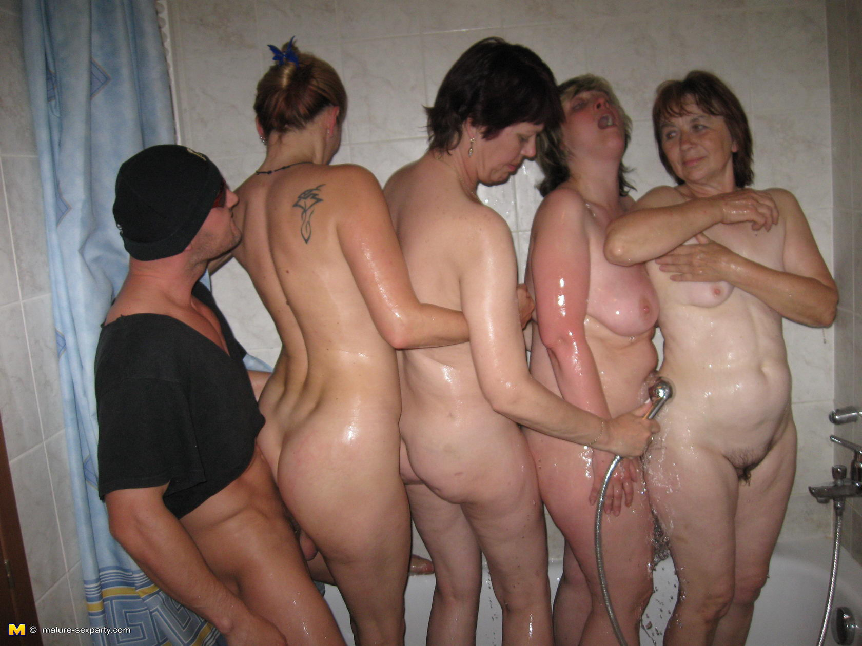 Mastodon reccomend Vomen hardcore sex party