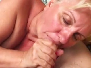 best of Swallowing cum women mature