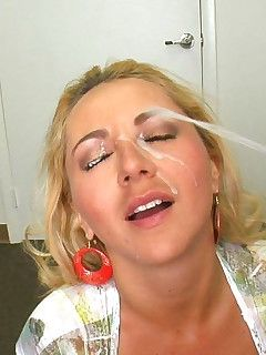 Yang white suck penis load cumm on face